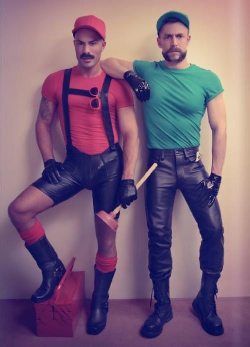 Gracias a la reciente noticia de que Mario Bros y Luigi han salido del armario, este año se convierte en el disfraz perfecto para los dúos.